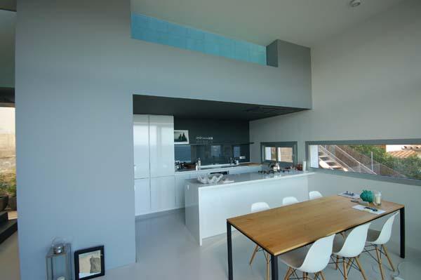 pool-windows